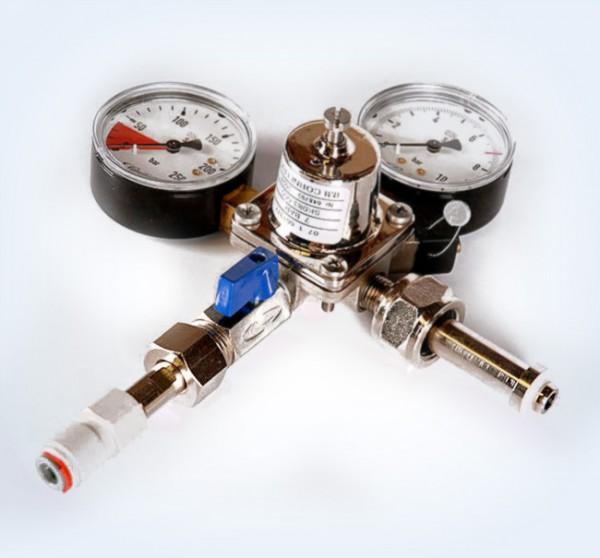 CO² Druckminderer AFG 7 bar mit 2 Manometer